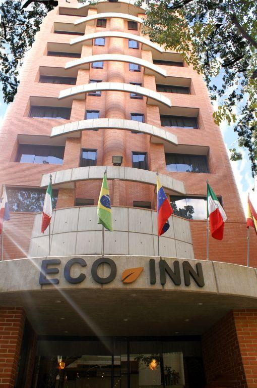 Armando Iachini - Construcciones Yamaro - Hotel Eco Inn